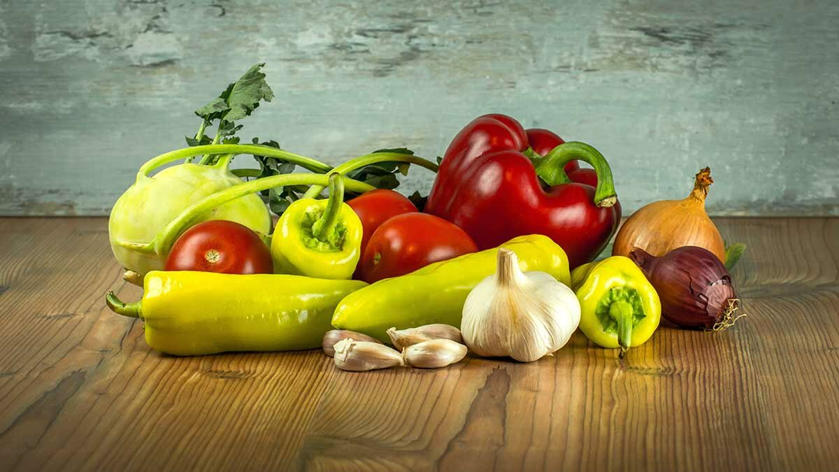 5 Free Apps for Avoiding GMOs and Pesticides