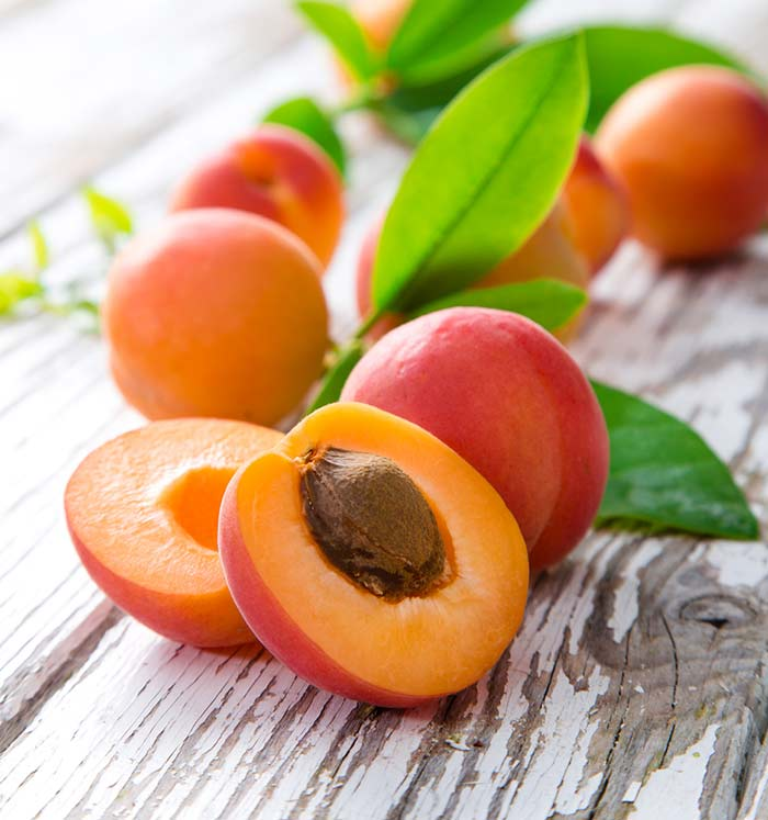 Apricots for eye health1