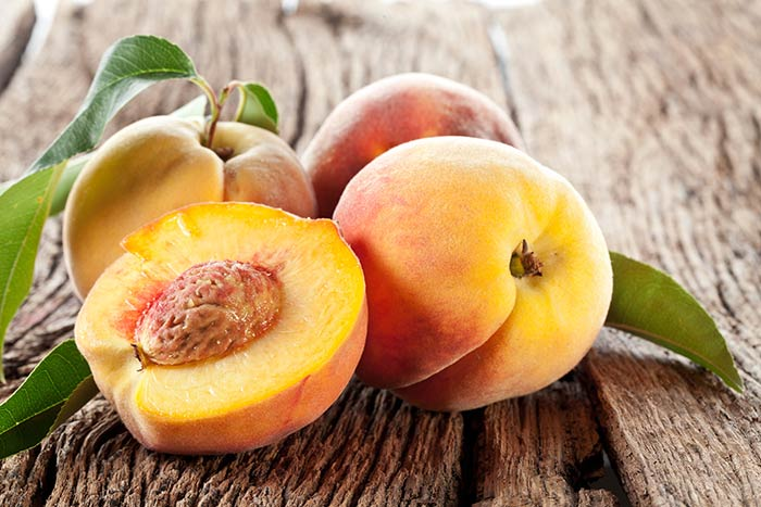 Peaches for eye health1