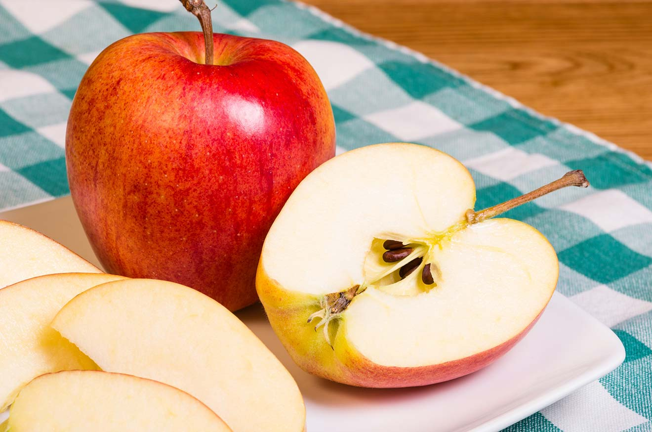 fresh-organic-apples