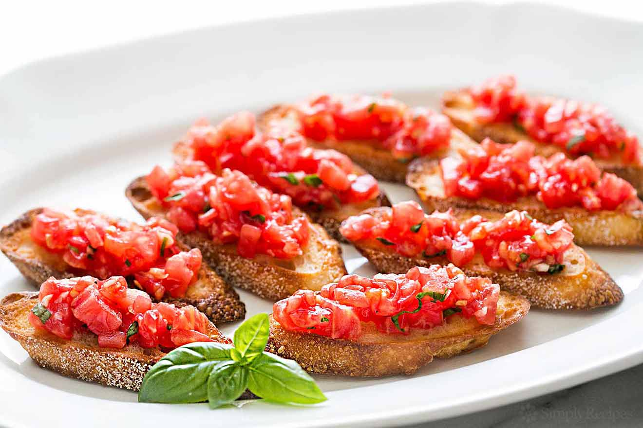 Bruschetta-With-Tomato-And-Basil