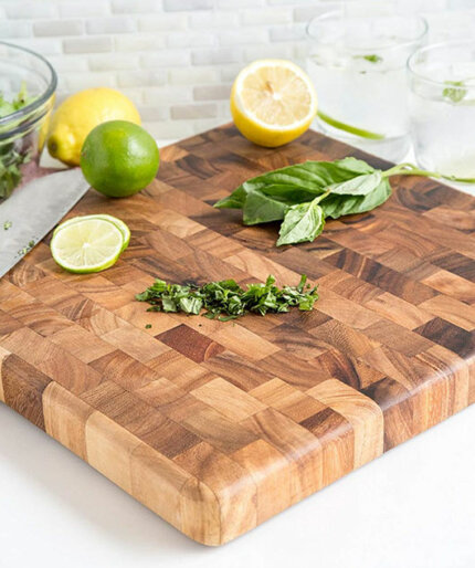 IRONWOOD Acacia Wood Gourmet Square Cutting Board2