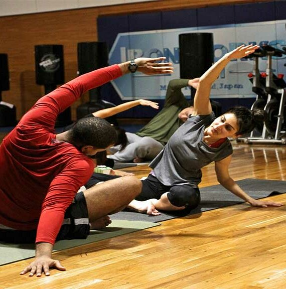 Stay Physically Fit in a Safe Way with These 3 Gym Tips